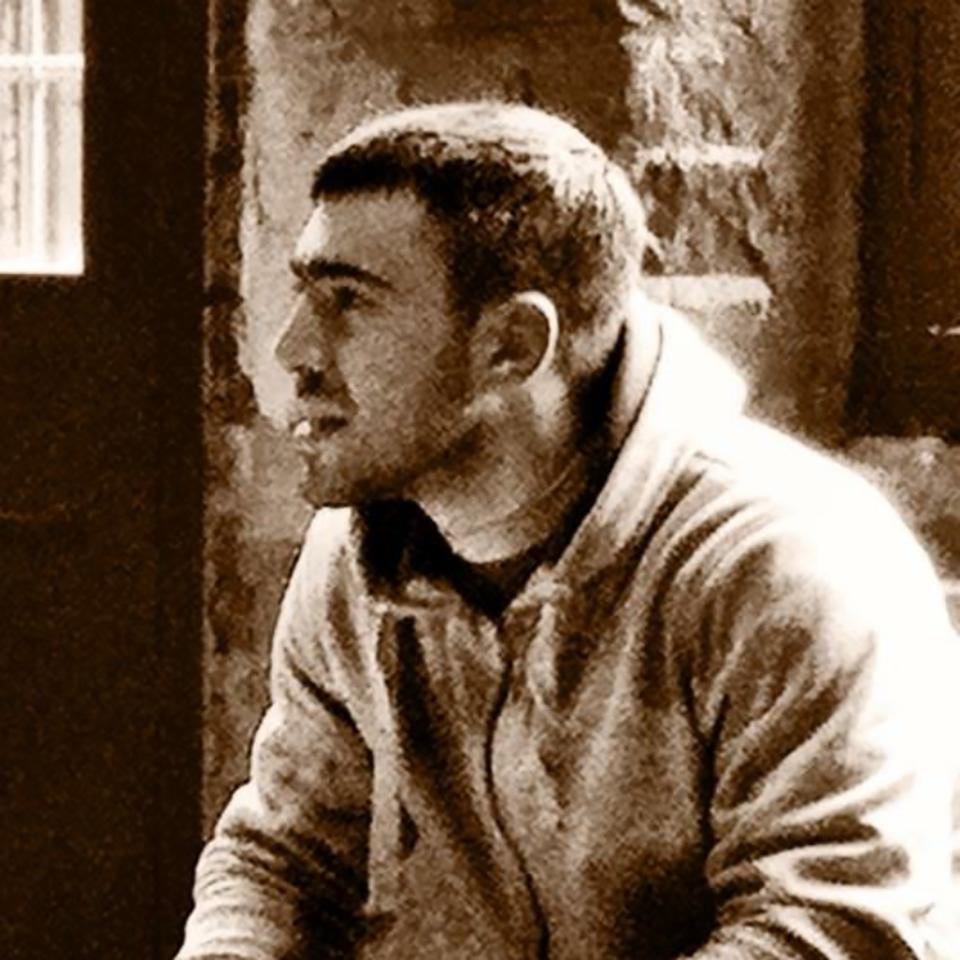 Kaz Azim (Circle)